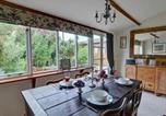 Location vacances Benenden - Charming Holiday Home in Cranbrook with Fireplace-2