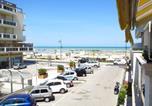 Location vacances  Province de Rimini - Splendido appartamento sul mare-4