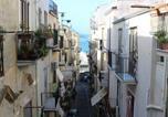 Location vacances  Ville métropolitaine de Palerme - Appartamento al Vecchio Molo-4