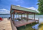 Location vacances Crossville - Lakefront Home with Deck, Prvt Boat Dock and Ramp-2