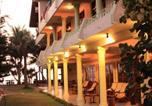 Hôtel Hikkaduwa - Time n Tide Beach Resort-1
