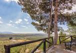 Location vacances Cuevas del Campo - Three-Bedroom Holiday Home in Fontanar-4