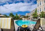 Hôtel Carlsbad - West Inn & Suites-3