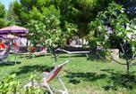 Location vacances  Province de Foggia - Vieste Villa Sleeps 5 Air Con Wifi-3