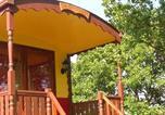 Camping avec Hébergements insolites Labastide-de-Virac - Camping Domaine De Briange-3