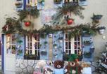 Hôtel Saint-Gervais-d'Auvergne - La Roulotte De Lola - Chambre d'hôtes-2