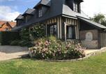 Location vacances Saint-Philbert-des-Champs - Cottage La Roseraie-2