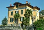 Location vacances  Province de Lecco - Apartment with 4 bedrooms in Dervio with wonderful lake view enclosed garden and Wifi-1