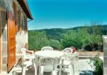 Location vacances Chanteuges - House with 3 bedrooms in Saintpaldesenouire with wonderful mountain view and enclosed garden-1