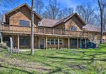 Location vacances West Des Moines - Racoon River Retreat Indoor Pool and Outdoor Fun!-1