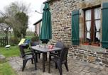 Location vacances  Manche - Holiday Home Les Eves-2
