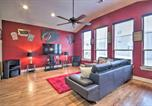 Location vacances Humble - East Dtwn Townhome More Than 5 Mi to Main Attractions-1