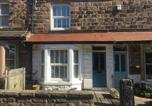 Location vacances Harrogate - Strayside Cottage Harrogate - cosy dog friendly cottage sleeps 4. 5 mins walk to hospital and 15 mins walk to town centre-1