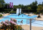 Camping avec Piscine Manche - Airotel Camping Etang des Haizes-1