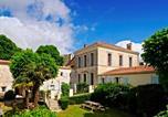 Hôtel Etauliers - Domaine La Fontaine B&B-2