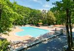 Camping avec Piscine Barjac - Camping Domaine Des Blachas-1