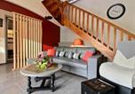 Location vacances Kermoroc'h - Gîte St Clet, 3 pièces, 4 personnes - Fr-1-536-187-2