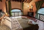 Location vacances Vicchio - Detached, cozy cottage in vineyard with swimming pool and views over Tuscany-4