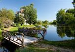 Camping avec Site nature Dun-le-Palestel - Les Castels Château de Poinsouze-4