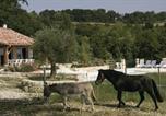 Location vacances Aiguillon - Holiday Home Giroy - 07-1