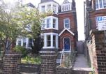 Location vacances Southend-on-Sea - Greystones Bed and Breakfast-4