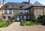 Hôtel Pontgibaud - La Bromontoise Chambres d'Hôtes-4