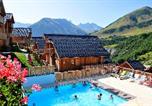 Location vacances Saint-Jean-d'Arves - Résidence Les Chalets des Ecourts