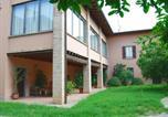 Location vacances  Province de Brescia - Spacious Villa in Capriolo near Lake-2