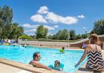 Camping avec Piscine Saint-Maurice-de-Gourdans - Camping Les Portes Du Beaujolais-1