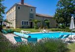 Location vacances  Lot et Garonne - Baleyssagues Villa Sleeps 12 Pool Wifi-1
