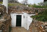Location vacances  Jaen - Cueva El Madrono-3