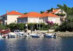 Apartments and rooms by the sea Lumbarda, Korcula - 4403