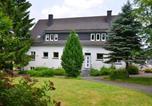 Location vacances Lennestadt - Cozy Holiday Home In Niederlandenbeck with Sauna-1