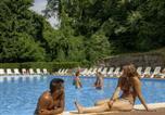 Camping Essonne - Camping Paris Sud (Le Parc des Roches)-3