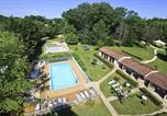 Camping avec Piscine Biron - Flower Camping Des Nauves-1