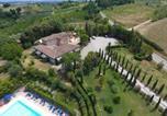 Location vacances  Province de Sienne - Antico Borgo Il Cardino-1