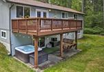 Location vacances Shelton - Anderson Island Home with Yard and Hot Tub by Beaches!-4