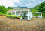 Location vacances Kodaikanal - Voye Homes Moonlight Forest Bungalow with Private Waterfalls-2