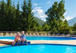 Camping avec Piscine couverte / chauffée Saint-Laurent-en-Beaumont - Camping RCN Belledonne-3