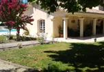 Location vacances Civrac-en-Médoc - House with 3 bedrooms in Begadan with shared pool furnished garden and Wifi 25 km from the beach-2