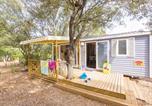 Camping avec Quartiers VIP / Premium Sausset-les-Pins - Yelloh! Village - Luberon Parc-3
