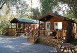Villages vacances South Lake Tahoe - Ponderosa Camping Resort One-Bedroom Cabin 2-1