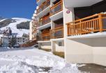 Location vacances  Isère - Appartements 3300 56000819-2
