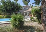 Location vacances Paradou - Villa in Paradou-1