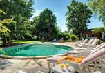 Location vacances  Lot et Garonne - Agnac Villa Sleeps 10 Pool Wifi-3