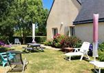 Location vacances Saint-Donan - Peaceful house with flower garden-3