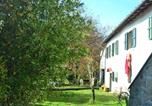 Location vacances  Province de Pistoia - Peaceful Holiday Home with Pool in San Marcello Pistoiese-2