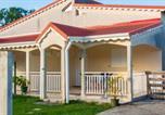 Location vacances Sainte-Anne - La villa des bois-1