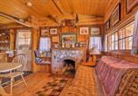 Location vacances Buena Vista - Autumnsong Fireside Cabin-Walk to Dt Buena Vista-4