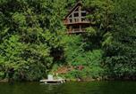 Location vacances Agassiz - Lakefront Chalet #7-3